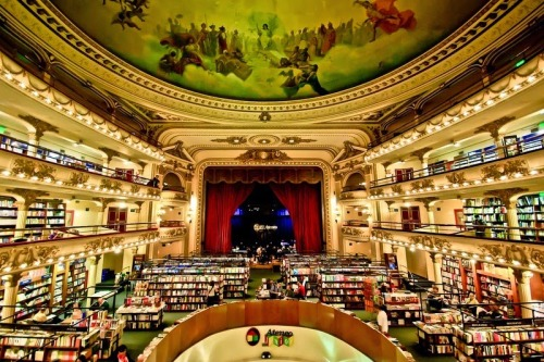El Ateneo Grand Splendid. Photo by Flickr/furlin