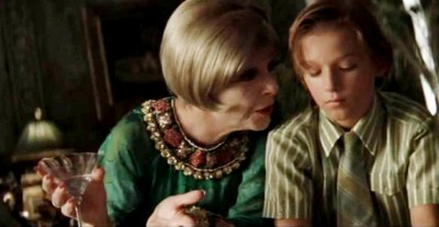 Miss Dinsmore dan Finn. Photo credit: Cinema Sips