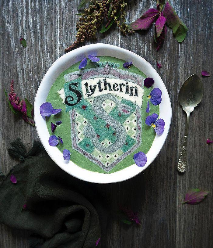 Smoothie bowl karya Hazel Zakariya. Photo credit: Hazel Zakariya