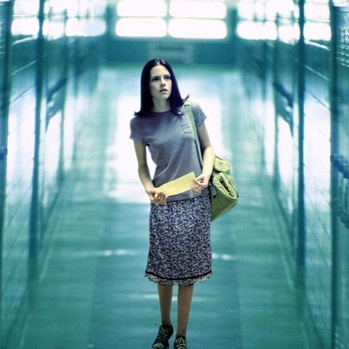 [Review buku] SPEAK (2004), Sebuah Film Tentang Remaja, Alienasi Sosial, dan PentingnyaBersuara