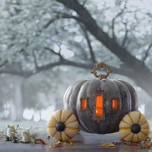 Ilustrasi kereta labu Cinderella. Photo credit: Hallmark