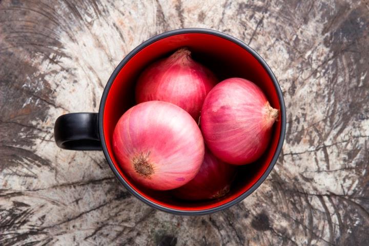 Ilustrasi bawang merah. Photo credit: iStock