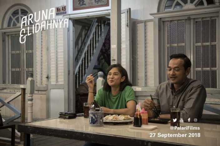 Aruna dan Farish di Aruna dan Lidahnya. Photo: Palari Films