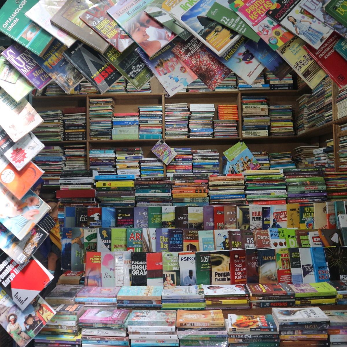 10 Tempat Wisata Buku di Kota Malang Versi Saya