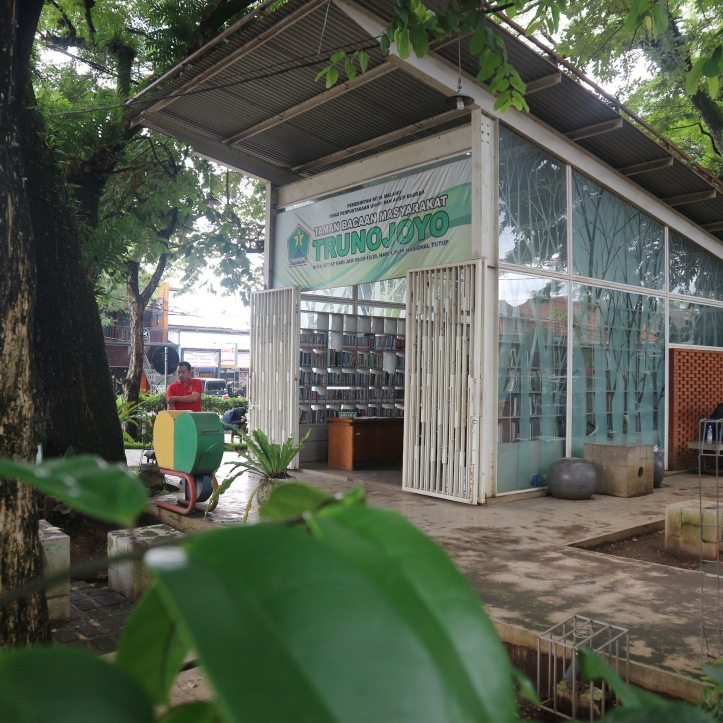 Taman Pintar Trunojoyo. Photo: Tantri Setyorini