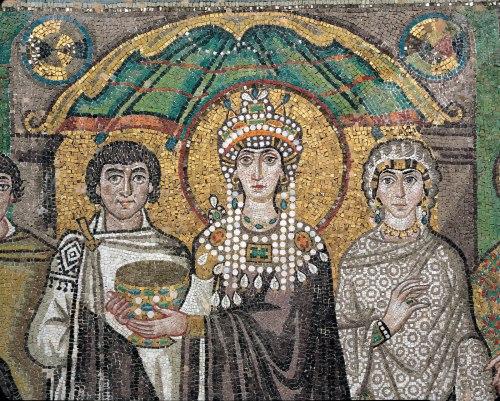 Lukisan mosaik Theodora di Basilika San Vitale, Ravenna. Photo: